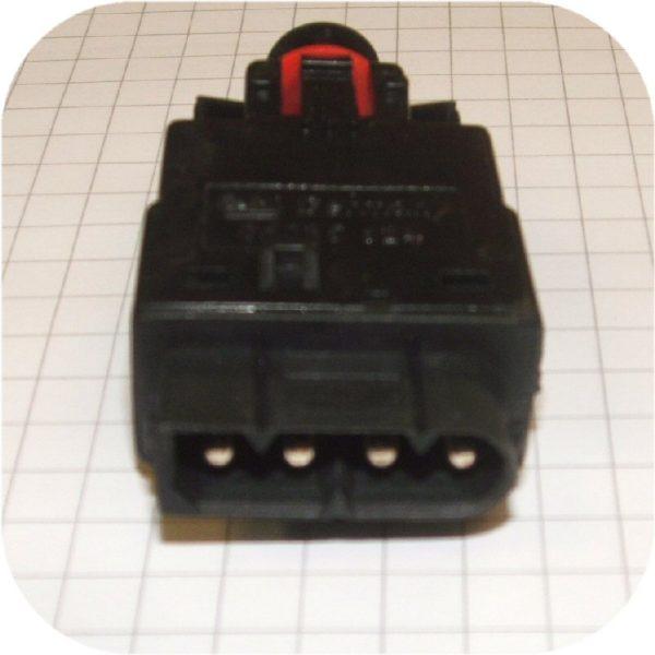 Brake Light Switch BMW 318 323 325 328 525 530 535 540 735 740 750 850 M3 M5 Z3-5666