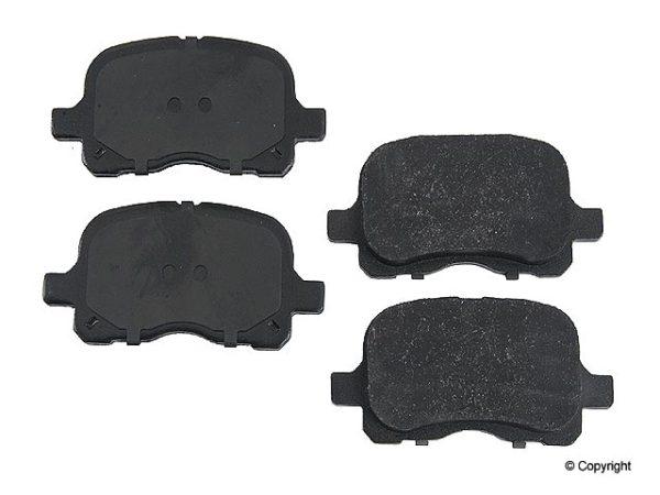 Front Brake Pads for Toyota Corolla Chevrolet Prizm-0