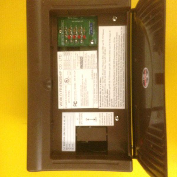 Power Inverter Converter 12 amp POWER CENTER Pop Up Camper Travel Trailer 40A DC-20118
