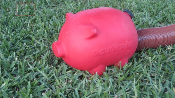RED Sewiepig Pig Sewer Dump Hose Pipe Cover Camper Travel Trailer Pop Up RV-0