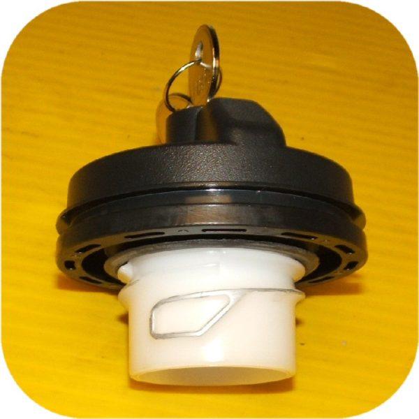 Locking Gas Cap Ford F150 F250 F350 Pickup Super Duty (eBay #300237474595, mrhorton23)-13866