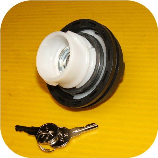 Locking Gas Cap Ford F150 F250 F350 Pickup Super Duty (eBay #300237474595, mrhorton23)-13867